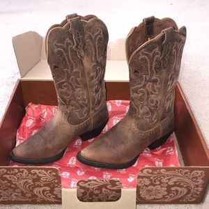 Women's Cowboy Boots (NEVER WORN/NWT) FINAL PRICE